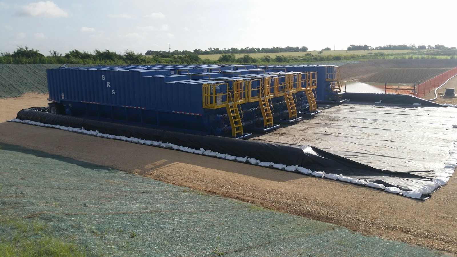 Absolute Custom Liners And Containments Absolute Oil